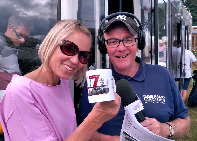 Dinae Oberry and John Gilmore with the charity mug